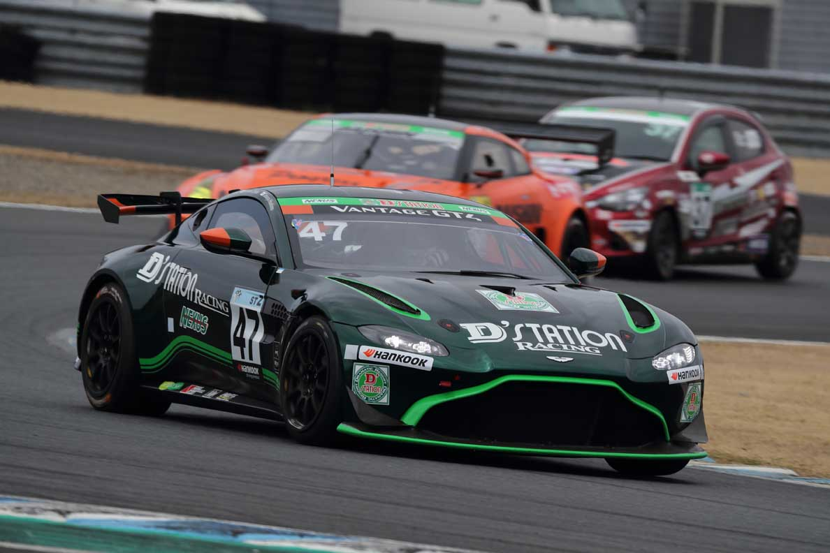 Garage 59 Clinches GT3 Class Victory As Gt World Challenge Pro-am Champions Make Perfect Start