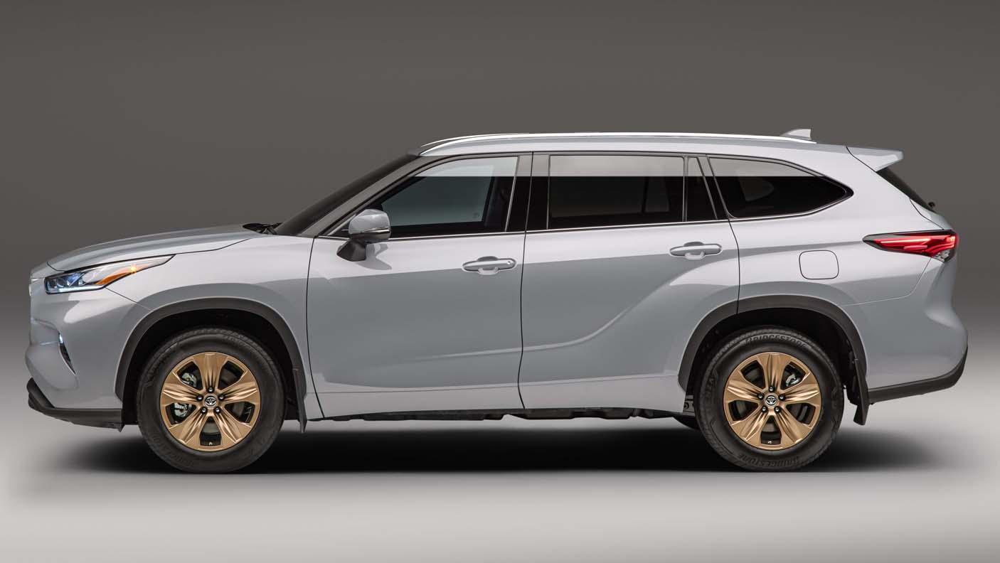 Toyota Highlander Bronze Edition (2022)
