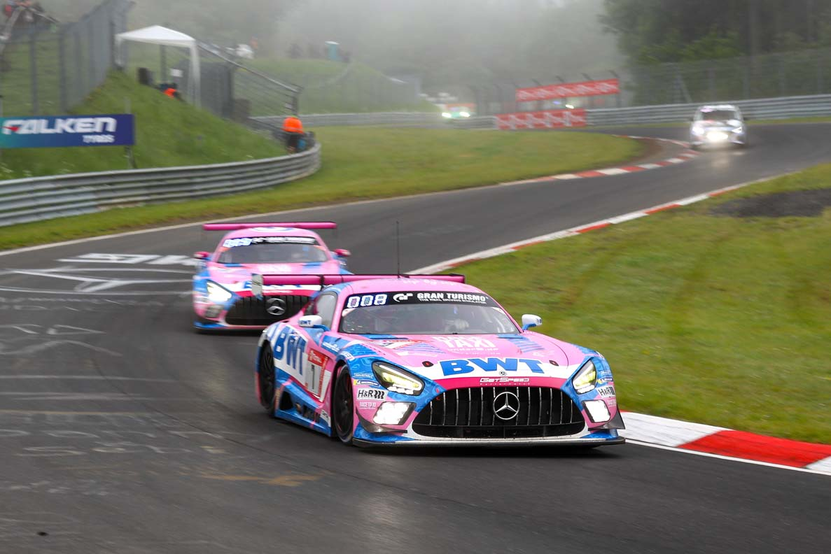 Mercedes-Amg Ends Up On The Podium In Shortened Nordschleife Thriller